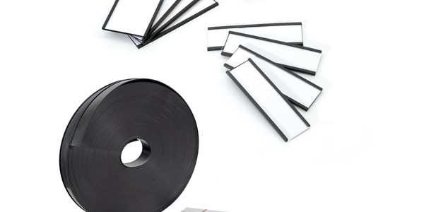 MAGNETIC LABELS AND ROLLS