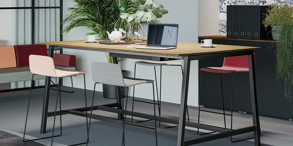SMART LINE TABLE